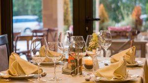 ボルシチはウクライナ料理、ロシアの家庭料理と日本食事情